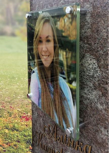 Фото на стекле на памятник