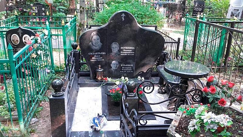 Изготовление памятников и надгробий цены
