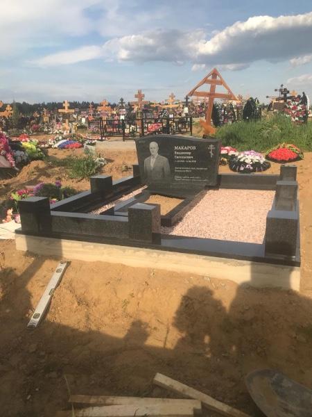 Какой камень лучше для надгробного памятника