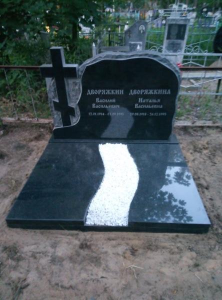 Изготовление мемориального памятника