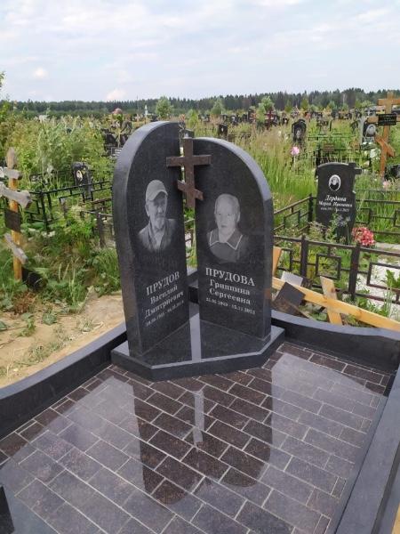 Примеры надгробий и памятников фото