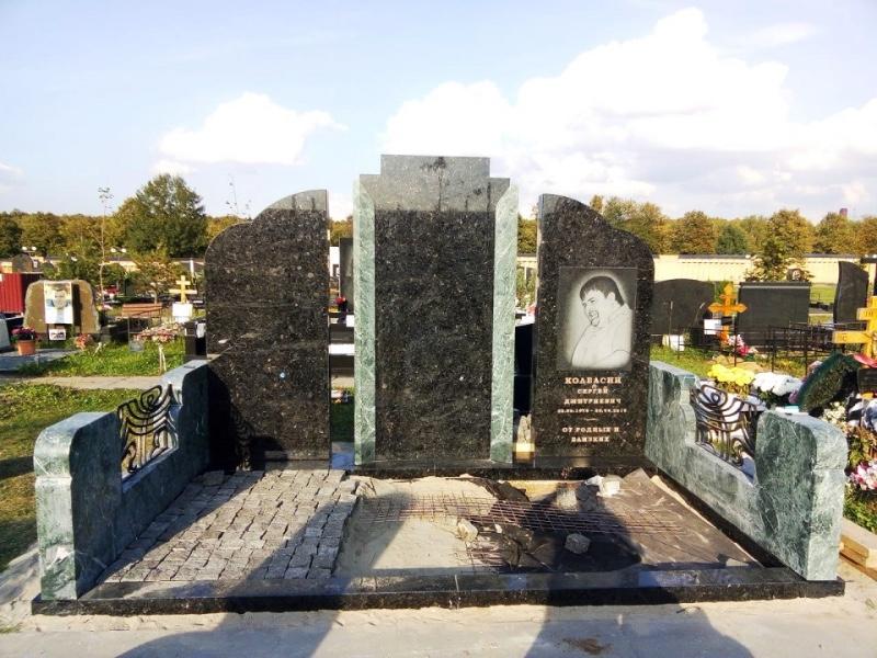 Изготовление могильных памятников